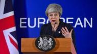 Im Dauereinsatz derzeit: die britische Premierministerin Theresa May in Brüssel