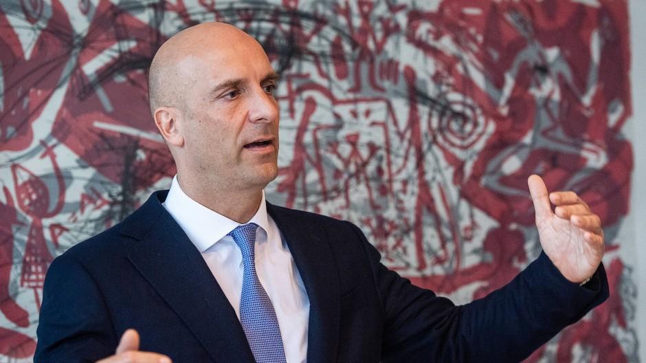Christian Ossig, Hauptgeschäftsführer des Bundesverbandes deutscher Banken, spricht Anfang des Jahres auf einer Pressekonferenz.