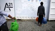 Orientierungshilfe: Ein Migrant in Idomenie