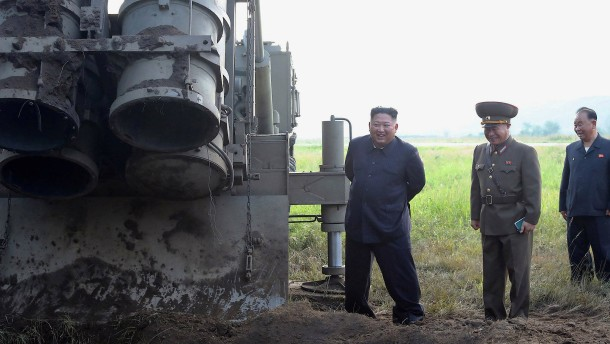 Pjöngjang testet neues Raketenwerfer-System