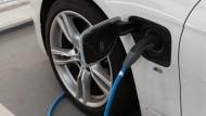 Intelligent investieren: Der Markt für elektrische Autos wird wachsen.