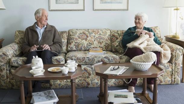 So wechseln Rentner die Krankenversicherung