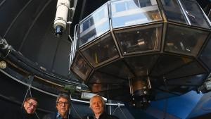 Mit Riesenteleskop auf der Jagd nach Exoplaneten