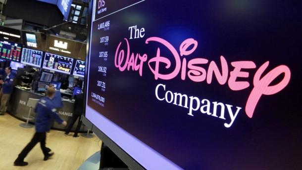 Disney entlässt 28.000 Mitarbeiter