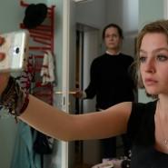 Entzweit: Esther (Claudia Michelsen) kann zu ihrer Tochter Mira (Flora Li Thiemann) nicht mehr durchdringen.