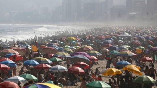 Strände in Rio de Janeiro sind prall gefüllt