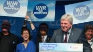 Scharfe Kritik an der AfD: Volker Bouffiers Auftritt in Offenbach