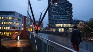 Eine Brücke soll den Namen Herrhausens tragen