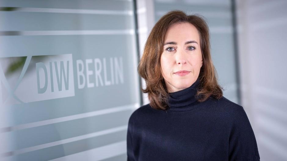 Die Ökonomin Katharina Wrohlich leitet am Deutschen Institut für Wirtschaftsforschung die Forschungsgruppe Gender Economics.