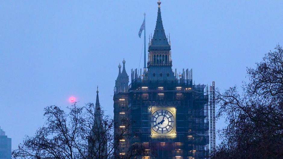 Um 23.00 Uhr MEZ läutete der Big Ben in London die neue Ära Großbritanniens nach vollzogenem Brexit ein.