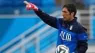 Torwart Buffon und die italienische Mannschaft sind bereit für Uruguay