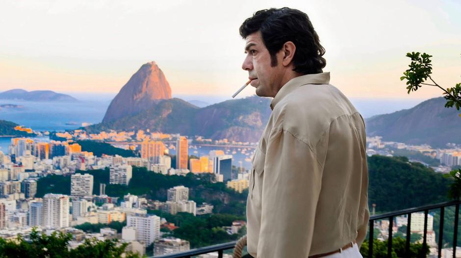 Boss zweier Welten: In Rio de Janeiro genießt der Mafioso Tommaso Buscetta (Pierfrancesco Favino) ein Leben im Luxus. Dann wird er zum Verräter.