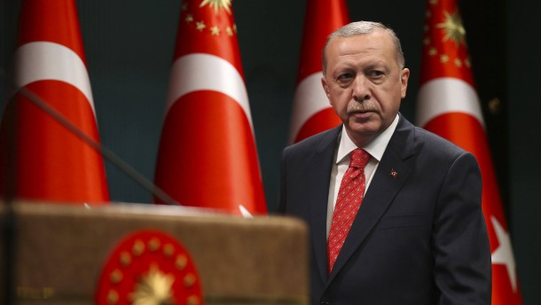 Erdogan feuert weiter