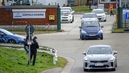 Deutsche aus China dürfen Kaserne verlassen