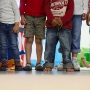 Die Verankerung von Kinderrechten im Grundgesetz soll dazu führen, dass Gerichte und Behörden die Kinder vor ihren Entscheidungen anhören, beteiligen und ihre Rechte berücksichtigen.