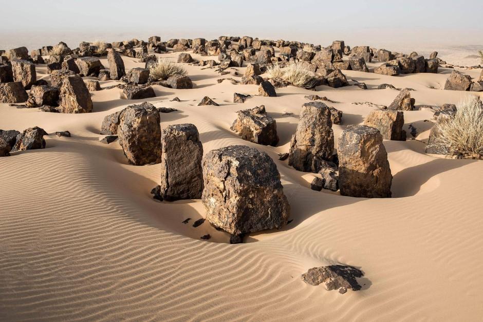 Ein alter Friedhof in Aratane, Mauretanien.