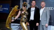 Auch das Hemd ist eine Botschaft: Richard Grenell mit seinem Partner bei den Internationalen Filmfestspielen in Berlin im Februar.