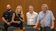Vor Gericht: Jan M. soll sein Opfer mit 21 Messerstichen ermordet haben.