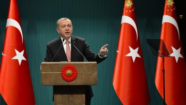 Steinmeier ruft Erdogan zu Verhältnismäßigkeit auf