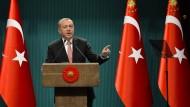 Erdogan verhängt Ausnahmezustand