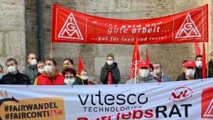 IG Metall legt mit Warnstreik Conti-Werk lahm