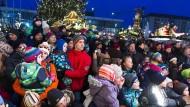 Dresden im Dezember: Die Stadt ist ein bisschen goldener als sonst – das Zusammensein friedlich.
