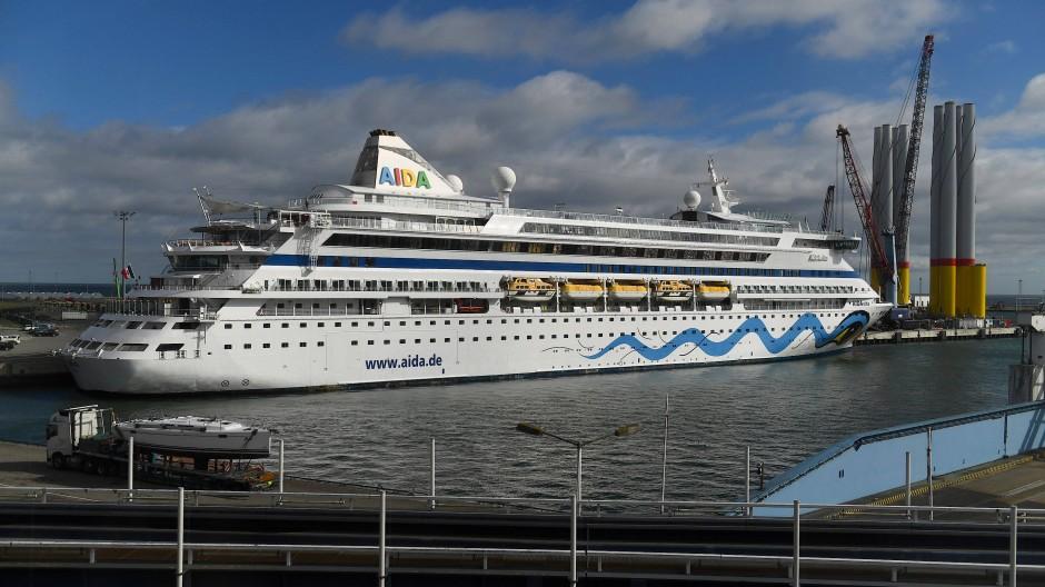 Problematische Abschlussfahrt für Klimaaktivisten: Kreuzfahrtschiffe gelten als äußerst umweltschädlich (Symbolbild).