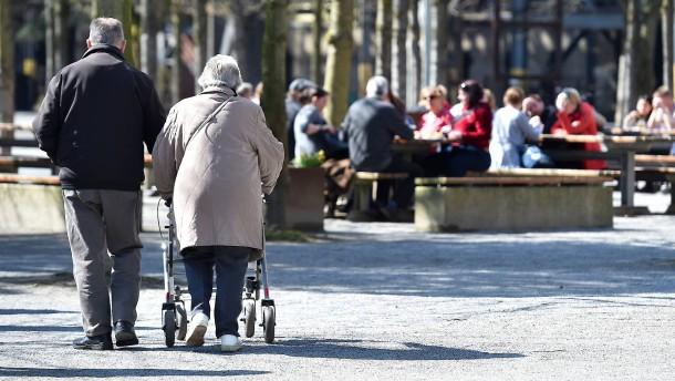 Die Koalition will Ältere länger im Berufsleben halten