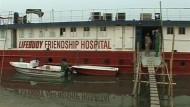 Schwimmendes Krankenhaus für die Ärmsten