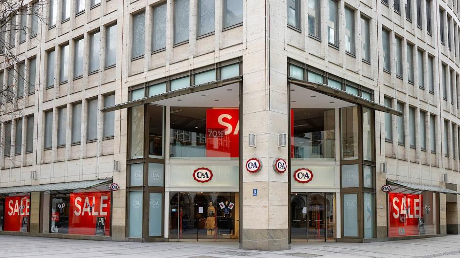 """Beste Innenstadtlage, aber keine Kunden: Für die Filiale """"Kaufinger Straße"""" wollte C&A im April 2020 keine Miete zahlen - wie in auch in vielen anderen Fällen nicht."""