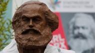 Trier hat den Sohn der Stadt mit einem Denkmal zum Jubiläumsjahr 2018 gewürdigt.