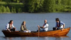 Merkel trifft die Gegner Junckers in Schweden