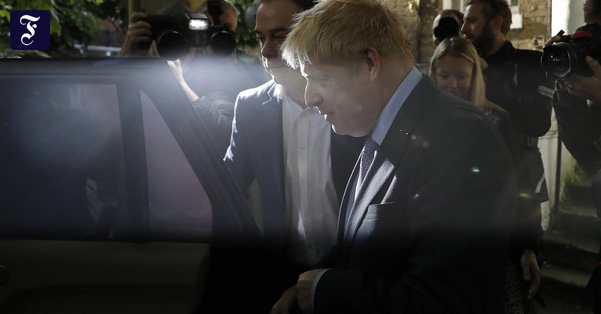 May-Nachfolge: Johnson bleibt Favorit, Stewart holt auf
