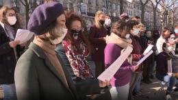 Chor singt für Frauenrechte