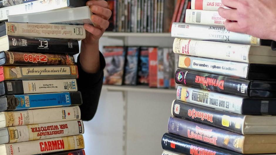 Sehnsucht: Erlebt die VHS-Kassette in Zeiten von Corona eine Renaissance? (Symbolbild)