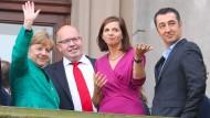 Frühlingsgefühle: Merkel, Altmaier, Göring-Eckardt und Özdemir während der Jamaika-Verhandlungen im Oktober 2017.