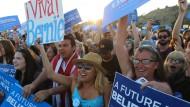 Geringe Chancen, große Massen: Sanders-Fans in San Diego