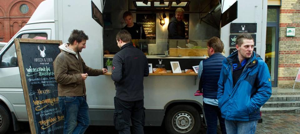 Ziemlich Küche Speise Setzt Auf Rädern Bilder - Kicthen Dekorideen ...