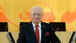 Geldstrafe gegen früheren Alterspräsidenten Horst Klee