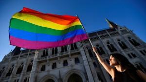 Orbán kündigt Referendum über Anti-LGBTQ-Gesetz an
