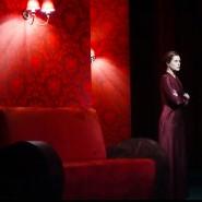 """Leslie Malton spielt Wassa """"Wassa Schelesnowa"""" von Gorki am Staatstheater Wiesbaden."""
