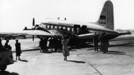 Der Anfang: 1956 bricht der Flugdienst in Frankfurt zur Jungfernreise auf.
