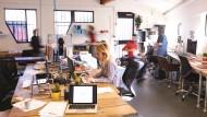 Davon profitieren beide Seiten: Die Kooperation zwischen erfahrenen Mittelständlern, die vor etlichen Jahren oftmals selbst Gründer waren, und Start-ups birgt ein enormes Innovationspotential.