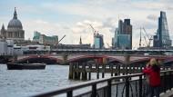 Steuert London auf eine Wirtschaftskrise zu?