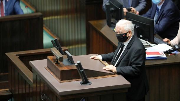 PiS setzt umstrittene Reform des Rundfunkgesetzes durch