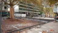 Steine des Anstoßes: Das Pflaster auf dem Inselplatz in Mainz ist umstritten.