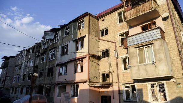 Gegenseitige Vorwürfe über Angriffe in Armenien