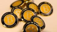 Krypto-Anlagen wie Bitcoin haben 2018 massive Kursverluste gehabt.