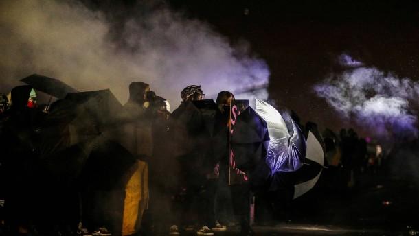 Anhaltende Proteste in Minnesota