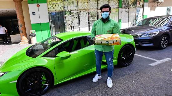 Supermarkt in Dubai liefert Mangos im Lamborghini aus